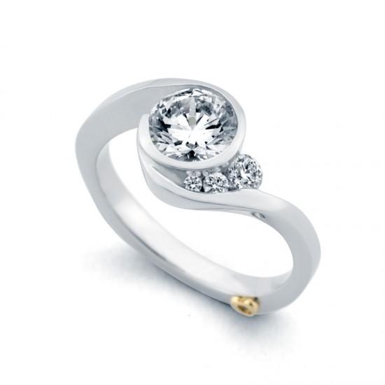 https://www.brianmichaelsjewelers.com/upload/product/Escape_15182_White.jpg