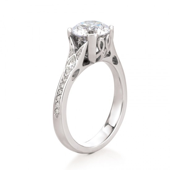 https://www.brianmichaelsjewelers.com/upload/product/vaila_rd_a014_vai_pv_rd.jpg