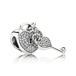 Pandora Charm  Style# 791429CZ