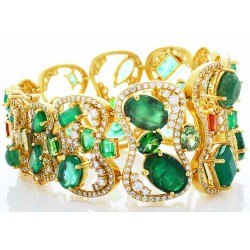 18Kt Yellow Gold Emerald Gemstone Bracelet