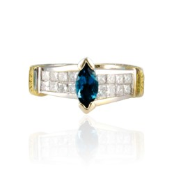 18K Two-Tone Topaz Gemstone Ring