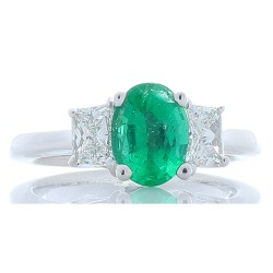 14Kt White Gold Emerald Gemstone Ring