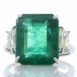 Platinum Emerald Gemstone Ring