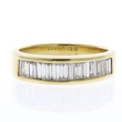 18K Yellow Gold Diamond Gemstone Ring