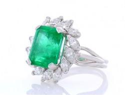 18K White Gold  Gemstone Ring