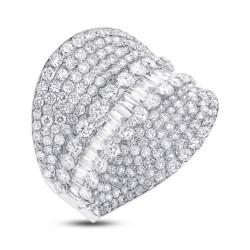 3.21ct 18k White Gold Diamond Lady