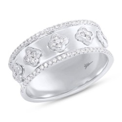 Madison E 0.30ct 14k White Gold Diamond Clover Lady